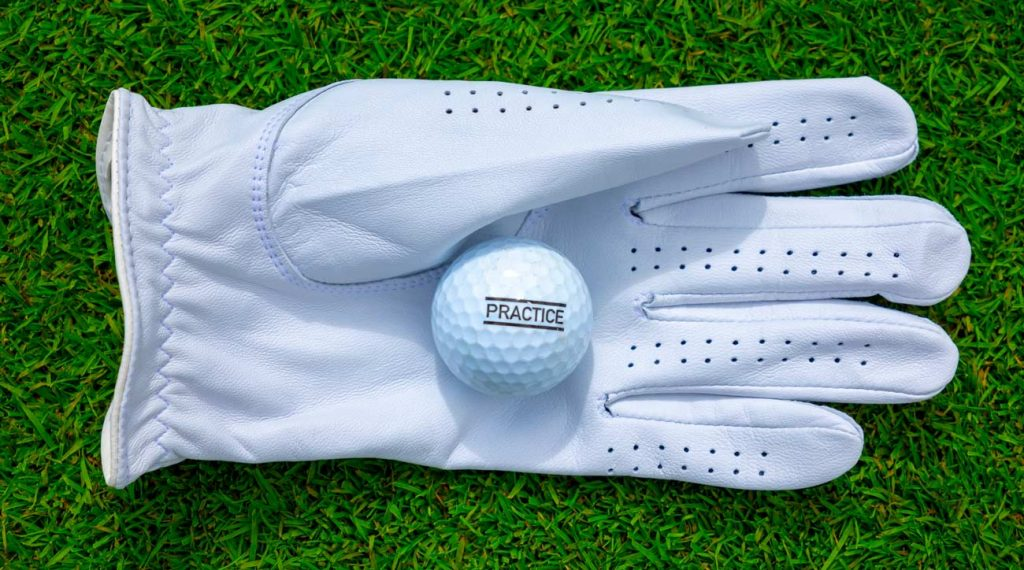 Best Golf Gloves For Wet Weather